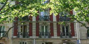 145 Boulevard Voltaire