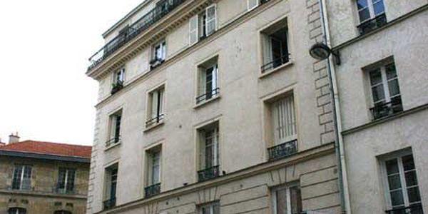 rue buffault 75009 paris. Black Bedroom Furniture Sets. Home Design Ideas