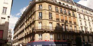 55 rue au maire 75003 paris. Black Bedroom Furniture Sets. Home Design Ideas