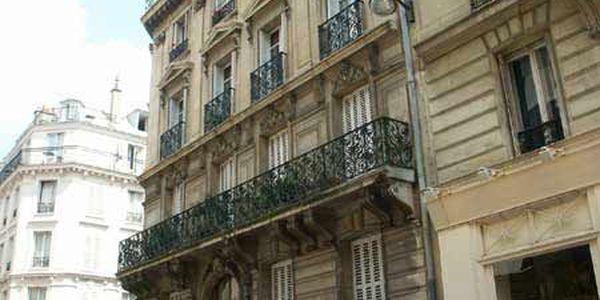 rue de latran 75005 paris. Black Bedroom Furniture Sets. Home Design Ideas