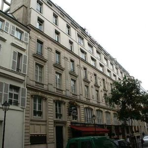 Panorama Au 7 Cour Des Petites Curies 75010 Paris