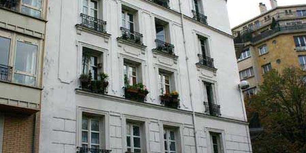 rue gutenberg 75015 paris. Black Bedroom Furniture Sets. Home Design Ideas