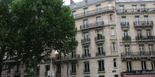 avenue marceau paris 75016 75008. Black Bedroom Furniture Sets. Home Design Ideas
