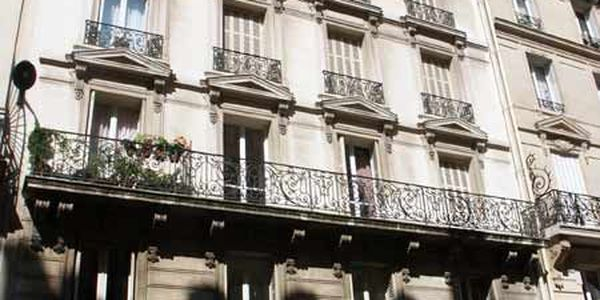 rue de bassano paris 75008 75016 75116. Black Bedroom Furniture Sets. Home Design Ideas