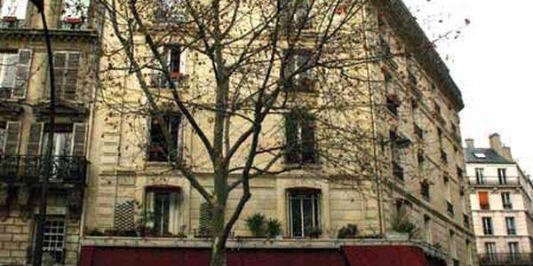 rue lallier 75009 paris. Black Bedroom Furniture Sets. Home Design Ideas