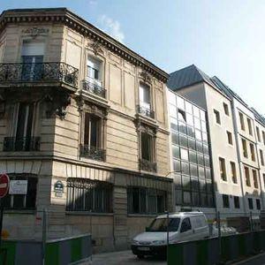 34 rue du moulin joly 75011 paris. Black Bedroom Furniture Sets. Home Design Ideas