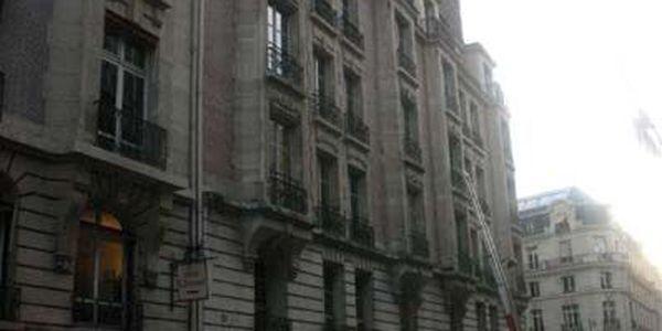 rue vernet 75008 paris. Black Bedroom Furniture Sets. Home Design Ideas
