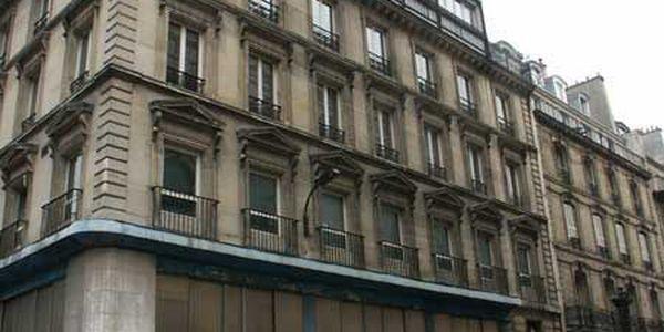 rue rougemont 75009 paris. Black Bedroom Furniture Sets. Home Design Ideas